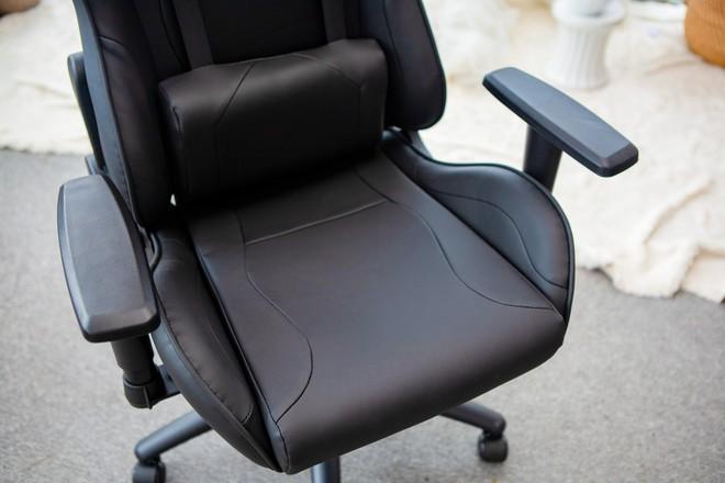 """E-Dra Mars EGC202 V2: Chiếc ghế gaming """"bá đạo"""" Z24519375109131d058941dabb58cb69d9d3b6f8923119-16194317193142022682714"""