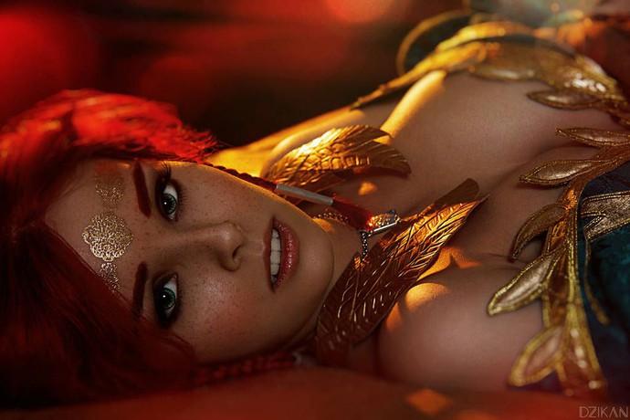 Hút hồn với cosplay nàng phù thủy nóng bỏng Triss trong The Witcher 3 - Ảnh 8.