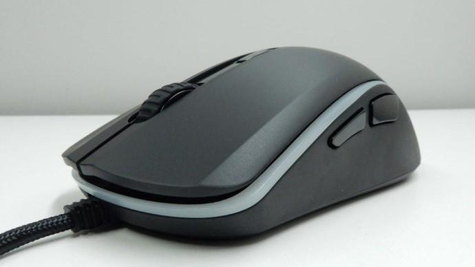 Chuột chơi game HyperX Pulsefire Surge - Lựa chọn tốt nhất cho gamer mới vào nghề - Ảnh 5.