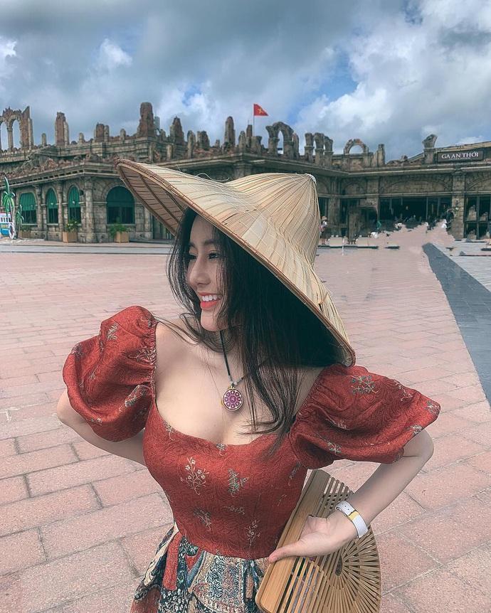 Cận cảnh nhan sắc của Võ Ngọc Trân - cô nàng hot girl chẳng những xinh đẹp mà còn sexy hết nấc - Ảnh 8.