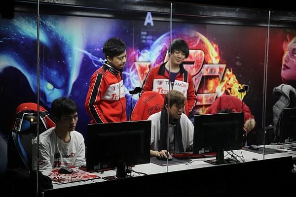 Tường thuật trận đấu DOTA 2 Sina Cup DK vs IG 2