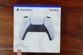 Mở hộp và trên tay tay cầm DualSense mới của PS5, đẹp, dễ cầm và nhiều tính năng