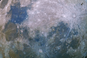 Phát hiện mặt trăng thứ hai của Trái Đất