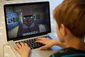 Không muốn người dân tụ tập ngoài đường, chính phủ Ba Lan tự mở luôn server Minecraft để