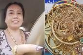 Trời mưa ế show, cô Minh Hiếu lái xe ra chợ mua vàng: Hôm qua tậu 5 cây vàng, hôm nay không biết bao nhiêu?