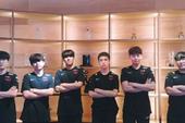Đội hình chính vừa trải qua mùa giải thất bát, tuyển trẻ T1