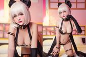 Hậu 8/3 ngắm nàng servant trong Fate/Grand Order diện bikini sexy khoe thân hình nuột nà