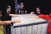 """Treo thưởng 23 tỷ cho người tham gia thử thách, nam YouTuber gây sốc với luật chơi đơn giản """"Giữ tiền lâu nhất là win"""""""