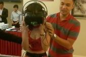 Nữ PG Việt gào thét chơi game cảm giác mạnh