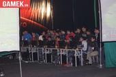 AoE Việt – Trung: Tranh cãi nảy lửa xung quanh mức vé 600.000 VNĐ/2 ngày giải đấu