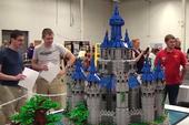 Game thủ mất 2 năm ròng để xây lâu đài game