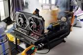 Intel khoe Core i9-9900K siêu mạnh với khả năng ép xung vô cùng ấn tượng