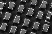 Khám phá kiến trúc Foveros mới của Intel: Kết hợp cả nhân Atom và nhân Core trong một chip