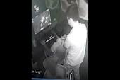 Thanh niên tráo balo người khác tại quán net, trộm mất tài sản đáng giá cả chục triệu đồng