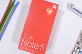 Tra tấn Xiaomi Redmi Note 5 Pro với dao, lửa và bẻ cong: Giá rẻ nhưng độ hoàn thiện không hề rẻ tiền