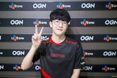 """Cộng đồng LMHT Hàn Quốc không coi """"Dream Team"""" SKT ra gì khi thấy màn hủy diệt của Griffin"""