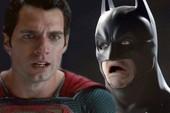 """Bạn có biết: Superman và Batman đã từng xúc động phát khóc khi nhìn thấy quái vật... """"xếp hình"""""""