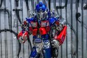 Mãn nhãn với bộ sưu tập robot Transformers được chế biến từ phế liệu cũ