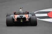 Chơi lớn như McLaren, đào tạo tuyển thủ F1 eSports trở thành tay đua ngoài đời thực