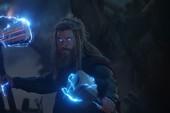 Stormbreaker và Mjolnir: Đâu mới là vũ khí quyền năng hơn của Thor?