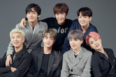 """Nhóm nhạc Hàn Quốc BTS bất ngờ tuyên bố """"dừng hoạt động"""""""