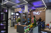 Tới thăm showroom tuyệt đẹp TNC Computer mới khai trương: Toàn máy tính khủng cho game thủ chiến tưng bừng