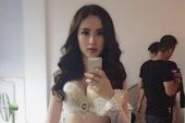 Hậu trường Angela Phương Trinh sexy quảng cáo game
