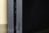 """Máy chơi game PS4 sắp vượt mặt """"huyền thoại"""" PS2"""
