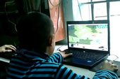 Shock với cảnh game thủ 8 tuổi chơi Đế Chế