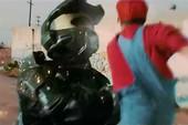 Xem Mario đánh nhau như siêu nhân