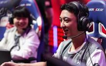 Chất chơi như Vương Tư Thông: Mừng năm mới, lì xì 'sương sương' gần 800 triệu cho Rookie đón Tết