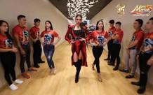 Huấn luyện viên Võ Hoàng Yến chia sẻ bí kíp giúp 21 thí sinh Miss & Mister VLTK 15 tự tin tỏa sáng