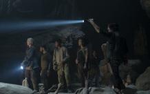 Vừa trở lại gay cấn, The Walking Dead lập tức khiến fan phẫn nộ khi đi vào vết xe đổ của Game of Thrones mùa 8