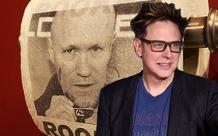 Giữa đại dịch, đạo diễn James Gunn mang giấy vệ sinh in mặt bạn mình ra dùng cho vui