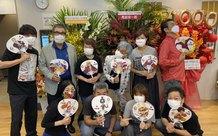 Nhân dịp tập phim 1000 được hoàn thành, đội ngũ lồng tiếng One Piece cùng nhau chụp ảnh