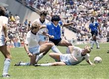 """""""Bàn tay của Chúa"""" là gì mà khiến huyền thoại bóng đá Maradona nổi danh hàng thập kỷ?"""
