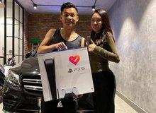 Độ Mixi hí hửng mở hộp PS5 sớm hàng đầu Việt Nam