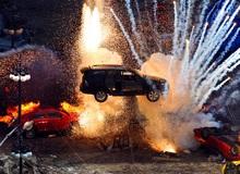 5 sự thật của Hollywood nghe mà muốn xỉu ngang: Chỉ nói 1 từ mà đút túi nửa tỷ, có phim phá sương sương... 532 xe ô tô chứ không nhiều!