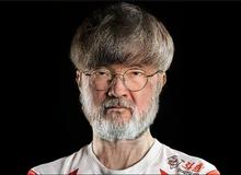 Cư dân mạng thích thú với viễn cảnh Faker trở thành ông chủ T1: Bắt cả đội mặc áo phông trắng và đi làm ngày chủ nhật