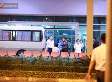 Ảnh: Nhóm khách từ tâm dịch Daegu Hàn Quốc đến Đà Nẵng đã lên máy bay trở về nước ngay trong đêm