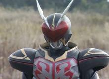 Kamen Rider: Đâu là những món vũ khí có tác dụng chữa bách bệnh, hồi phục vết thương?