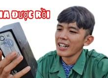 """Bị tố giả tạo, có cả ê kíp quay phim, Youtuber nghèo nhất Việt Nam phản pháo, cho rằng """"chỉ có mỗi điện thoại mới mua 18 triệu"""""""