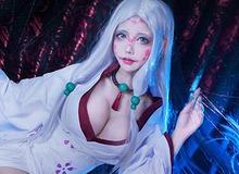 """Cực phẩm cosplay Mẹ Quỷ Nhện """"ngực bự"""" trong Kimetsu no Yaiba, nhìn chỉ thấy... đáng yêu chứ không hề đáng sợ"""