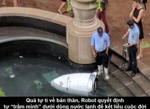 """Quá nhiều ngày tháng sống trong tự ti, chú robot gieo mình xuống nước để tìm cách """"tự tử"""""""