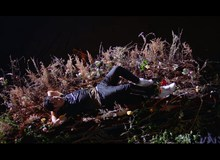 Dân tình bàn tán xôn xao về trailer VCS - 'Nhìn Levi như công chúa ngủ trong rừng, đạo diễn khịa à?'