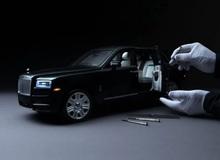"""Ngắm Rolls Royce Cullinan phiên bản mô hình có giá """"sương sương"""" bằng một chiếc xe hơi thật"""