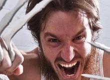 YouTuber chế bộ vuốt Wolverine có thể đâm thẳng xuyên thủng cả 1 bức tường bê tông chắc nịch