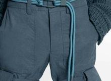 15 triệu để mua thắt lưng sợi vải của LV, cư dân mạng ngạc nhiên vì 'trông hệt như sợi dây dù' 5.000 đồng