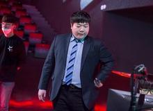 BLV LCK tiết lộ HLV Kim đã có ý định rời đội từ khi đánh Playoffs, lý do tại sao T1 'toang' đến vậy?