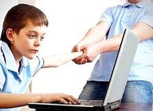 Các nhà khoa học cảnh báo về tác hại khi trẻ con online quá nhiều trong mùa dịch Covid-19